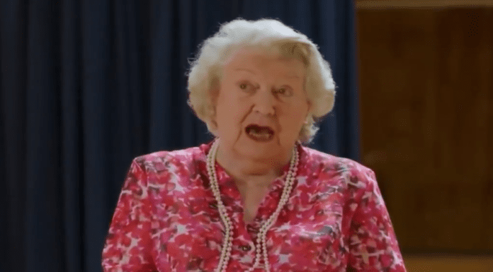 A Marvellous Party with Mrs Bucket – Patricia Routledge sings – Dame Patricia Routledge's rendition of 'I've Been To A Marvellous Party' for theatrical charities will most certainly lift your spirits.